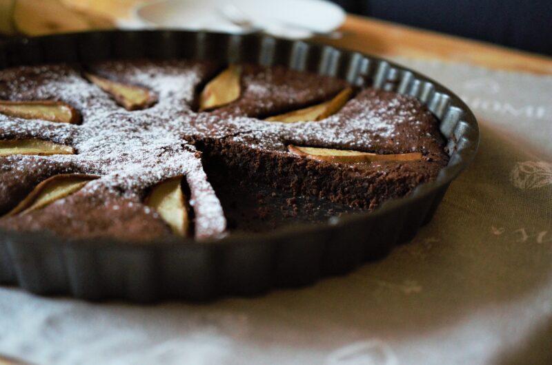 Rýchly čokoládovo-hruškový koláč